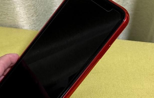 iPhoneXの赤・レッド